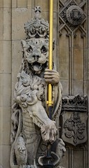 Crowned Lion (pjpink) Tags: uk england london architecture spring britain may housesofparliament parliament government ornate neogothic palaceofwestminster 2016 pjpink