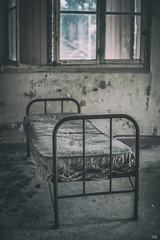 Sleep has left this place (*altglas*) Tags: bed bett ruins decay nosleep verfall lostplace summiluxr1450