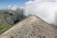panorama sulla Sibilla (Roberto Tarantino EXPLORE THE MOUNTAINS!) Tags: parco 2000 nuvole neve alta monte amici montagna marche umbria cresta sibillini vettore quota metri
