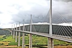 Viaduc de Millau (laurent KB) Tags: aveyron viaducdemillau