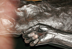 GRAUBALLEMANDEN (TROELSKER) Tags: man death skin nails mummy moor strangled momified leatherskinned