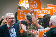 2015-03-08 Supporters welcome Selinger