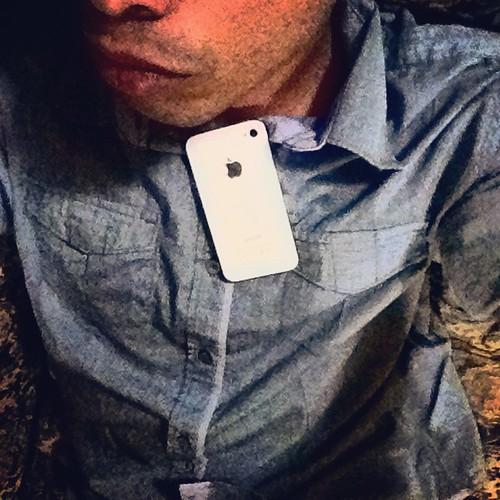 Sin poder entender, ¿Por qué Apple📱decidió no quererme más? La dependencia social es la abstinencia de depender de algo que te importa y que a la vez te hace daño. #love #instagood #me #tbt #lips #instadaily  #photooftheday #nice #follow  #happy #a