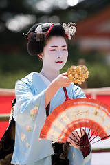 (byzanceblue) Tags: woman colour cute girl beauty japan lady female japanese dance kyoto bokeh traditional maiko geiko geisha  kimono gion   miyagawacho kanzashi    miyakawacho   toshisumi