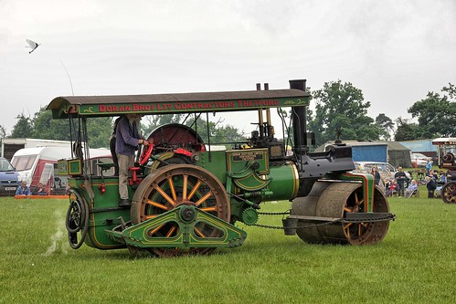 UK, Woolpit Steam rally, Doran Bros Roller HDR
