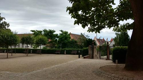 Vor der Katharinenkirche Oppenheim