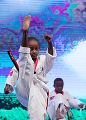 K_Culture_in_Kenya_13 (KOREA.NET - Official page of the Republic of Korea) Tags: kenya nairobi korea taekwondo  parkgeunhye    kculure  presidentparkgeunhye