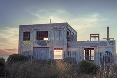 ptrichmond-035.jpg (Yvonne Rathbone) Tags: abandoned afternoon alone bay beach blue building coast decay derelict dilapidated graffiti lake ocean outdoors pink quiet ruin shoreline sky solitude sunny tagging urbex water wide window windows 1855mmf3556gvr nikkor