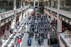 Shopping in the Itty-Bitty-City (Sharky.pics) Tags: urban city wisconsin tiltshift july cityscape 2016 miniature milwaukee downtown