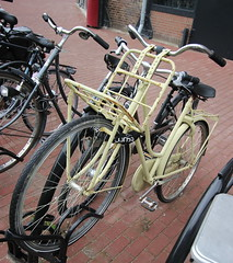 dutch pushbikes (16) (bertknot) Tags: bikes fietsen fiets pushbikes dutchbikes dutchpushbikes