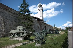 Belgrado esercito (pineider) Tags: museum army serbia topless tanks belgrado esercito srpsko