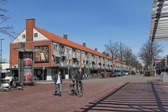 Rembrandtweg - Amstelveen (Netherlands) (Meteorry) Tags: street holland boys netherlands mall shopping march europe nederland rue paysbas hommes noordholland amstelveen galerij 2015 meteorry stadshart rembrandtweg pieterlastmanweg plein1960