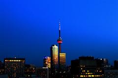 CN tower at twilight (page2martin) Tags: toronto ontario canada twilight cntower