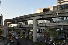 DSC_7606 (Kent MacElwee) Tags: thailand asia southeastasia seasia bangkok bkk freeway skytrain