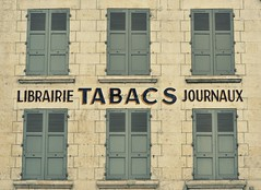 Librairie Tabacs Journaux (Helene Iracane) Tags: city windows france window stone architecture town nikon closed pierre newspapers tabac shutters six bookshop fentre tobacco ville faade vienne volets poitiers fentres librairie journaux ferm tabacs d3100