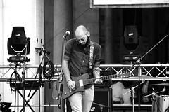 Festa della musica 2016 (FabioMassetti) Tags: blackandwhite canon reflex italia brescia lombardia biancoenero citt centrostorico piazzadellaloggia 7dmarkii