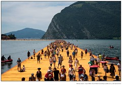 The Floating Piers I (W.Utsch) Tags: italien art it lombardia landart christo iseo lakeiseo peschieramaraglio sulzano thefloatingpiers