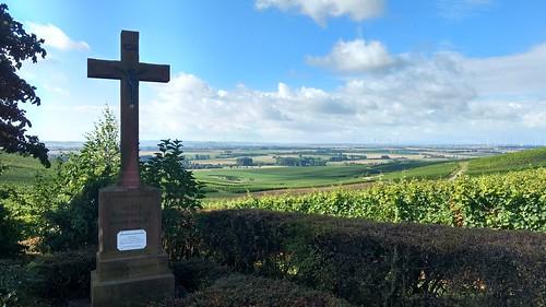 Ruh-Kreuz bei Zornheim