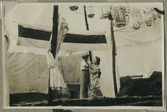 ArchJAP120 Japan, 1930er (Hans-Michael Tappen) Tags: archivhansmichaeltappen japan nihon nippon 1930er 1930s  lampion japaneselantern paperlantern kimono tradition kleidung stoff clothing muster stoffmuster  unterhaltung bhne