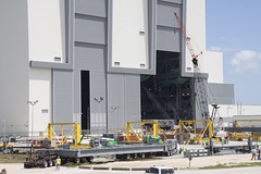 KSC-2015-1734 (NASAKennedy) Tags: space system vab launch exploration gsdo workplatforms