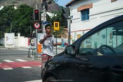 """Hetk..."" Urca, Rio de Janeiro, Brasil (VECTORINO) Tags: leica brazil hot brasil riodejaneiro digital streetphotography tropical rua brasileiro vectorino lazarev eicam262"