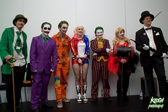 IMG_0525 (Neil Keogh Photography) Tags: blue red orange white black male green hat shirt female purple pants top tie bowtie tshirt suit tuxedo gloves tophat bowlerhat mallet harleyquinn cosplayers hotpants baseballbat fishnettights thejoker smokingpipe thepenguin theriddler walkingcane groupshoot prisonuniform prisonsuit salfordcomiccon2016