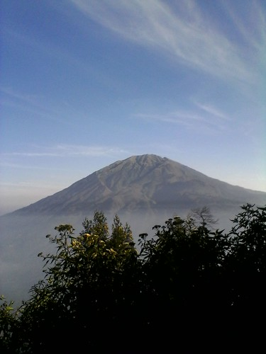 "Pengembaraan Sakuntala ank 26 Merbabu & Merapi 2014 • <a style=""font-size:0.8em;"" href=""http://www.flickr.com/photos/24767572@N00/27067761462/"" target=""_blank"">View on Flickr</a>"