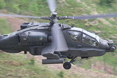 (scobie56) Tags: camera netherlands dutch canon apache force air low royal level base squadron 301 koninklijke the luchtmacht gilzerijen rnlaf klu redskin ah64d