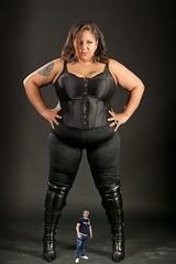 7 (teddyvial) Tags: sexy big titan giantess