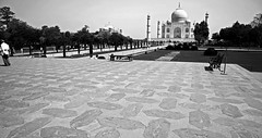 Taj Mahal 219 (David OMalley) Tags: world india heritage river site tomb taj mahal agra unesco mausoleum shah pradesh uttar jahan mughal mumtaz yamuna