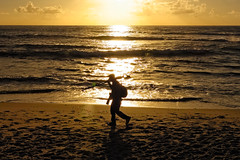 The Photographer ~  Le photograpphe (SergeK ) Tags: ca sunset usa cloud sun seascape men beach soleil sand san photographer sandiego walk horizon tripod sable wave diego backpack nuage plage marche photographe sergek