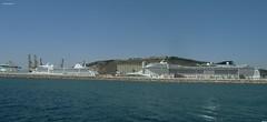 cruiseschepen in de haven van Barcelona (bcbvisser13) Tags: barcelona panorama haven water harbour eu spanje cruiseships cruiseschepen