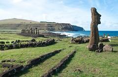 Rapa nui (dmbyon) Tags: chile rapanui isladepascua moais