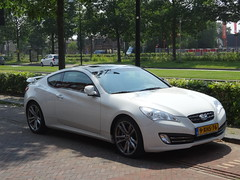 Hyundai Genesis coup 2011 / 2014 Apeldoorn (willemalink) Tags: hyundai genesis coup 2011 2014 apeldoorn