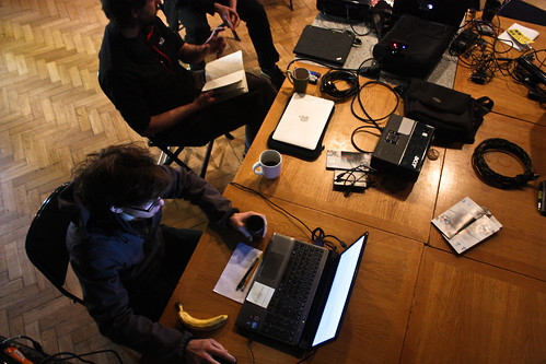 "WORKSHOP: Percepce lidského oka / Video jako zdroj světla na divadle • <a style=""font-size:0.8em;"" href=""http://www.flickr.com/photos/83986917@N04/16899952139/"" target=""_blank"">View on Flickr</a>"