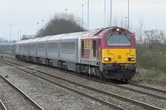 Chiltern 67s Still Going... (crashcalloway) Tags: diesel trains locomotive railways ews chilternrailways class67 67008 westruislipstation