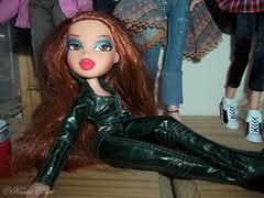 Bratz Girls (KasiesCloset) Tags: toys dolls collection collectibles bratz plasticpeople dollclothes dollcollection bratzdolls fashiondolls