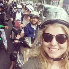 Op de scooter bij locals (MTTAdventures) Tags: locals karaoke scooters
