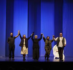 applausi (Compagnia Centrale dell'Arte) Tags: resistenza 25aprile teatroscuola francofortini teatrocivile ilsoldato lauraforti mariondamburgo