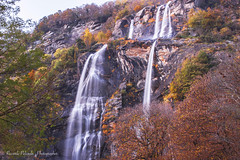 cascate (riccardo.pelizzola) Tags: light water alberi photo photographer autunno canoneos chiavenna cascate