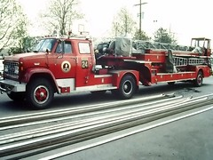 Columbus, OH (columind99) Tags: columbus ohio truck fire ladder department gmc tiller seagrave tda