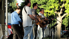 NewFound Road, kinda (joeldinda) Tags: tree june bluegrass charlotte michigan sony band cybershot sonycybershot 2016 pocketcam charlottebluegrassfestival eatoncounty 3157 timshelton sonydsch55 dsch55 eatoncountyfairground wespettinger