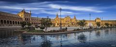 Sevilla 007 (-COULD 2.0) Tags: canon650d sigma1750 spain andalucia sevilla panormica plazaespaa reflejo arquitectura parque paisajes