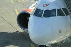 easyjet UK G-EZUF Airbus A320-214 msn/4676 (Nabil Molinari Photography) Tags: uk airbus dd industrie current ff easyjet 2011 4676 a320214 cfm565b4p 032911 041811 gezuf mqeg 406440 viewdaxag