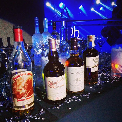 #scotch #bar #scotchbar #glenfarclas1964 #glenfarclas #balvenie30 #Balvenie #highlandpark30 #highlandpark