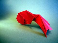 Goldfish -  Takeuchi Kei (Rui.Roda) Tags: pez rouge origami kei goldfish vermelho dourado peixe poisson papiroflexia takeuchi papierfalten