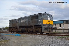 087 departs Heuston, 3/5/16 (hurricanemk1c) Tags: dublin irish train gm rail railway trains railways irishrail generalmotors heuston 2016 emd 087 071 iarnród éireann iarnródéireann