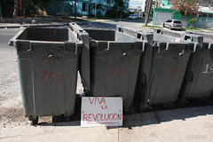 Havana (-AX-) Tags: havana cuba pancarte poubelle