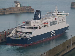 DFDS - Dover Seaways (Mr Lobster) Tags: ferry dover dfds