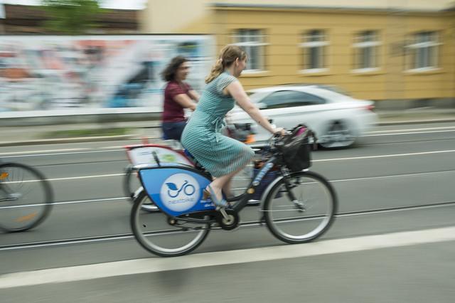 Participants enjoying Leipzig by bike